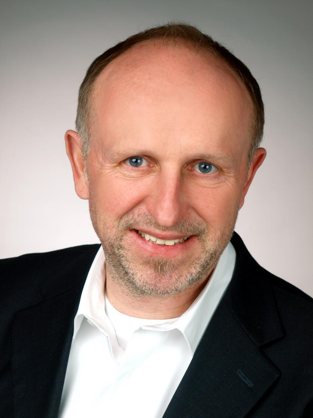 Wolfgang Müller, Universität Paderborn, DE